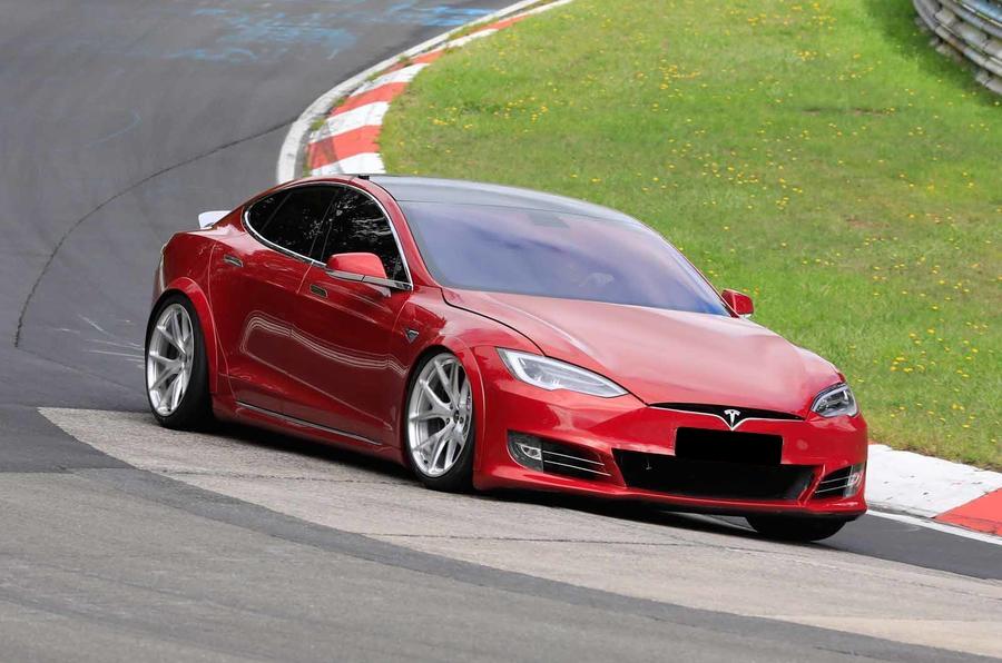 Tesla Model S receberá versão apimentada a pensar no Porsche Taycan