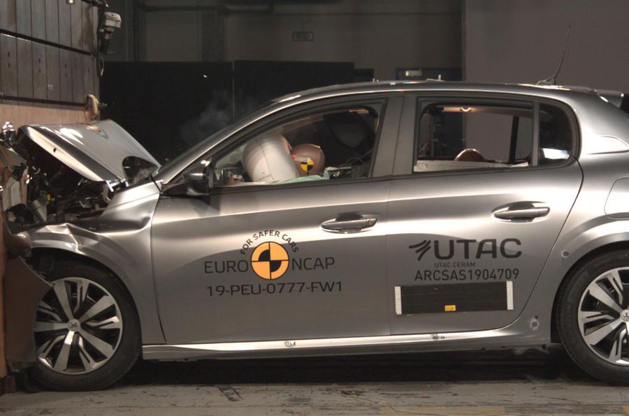 Peugeot 208 não consegue as cinco estrelas EuroNCAP
