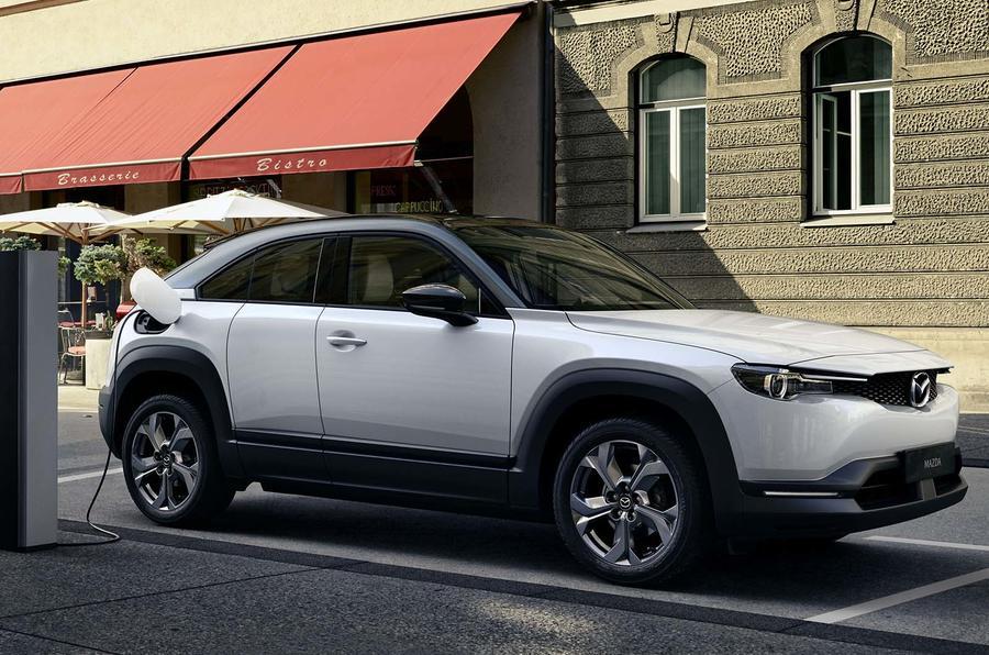 Mazda não vai apresentar novos modelos até 2023