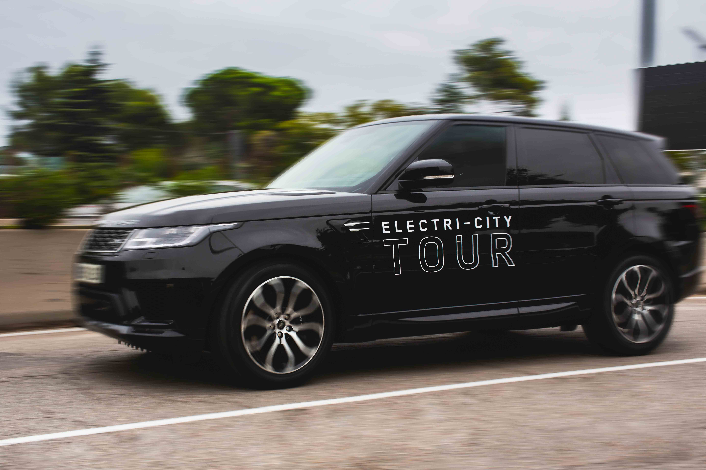 """Jaguar Land Rover fez um """"Eletric City Tour Portugal"""" mostrando os modelos eletrificados"""