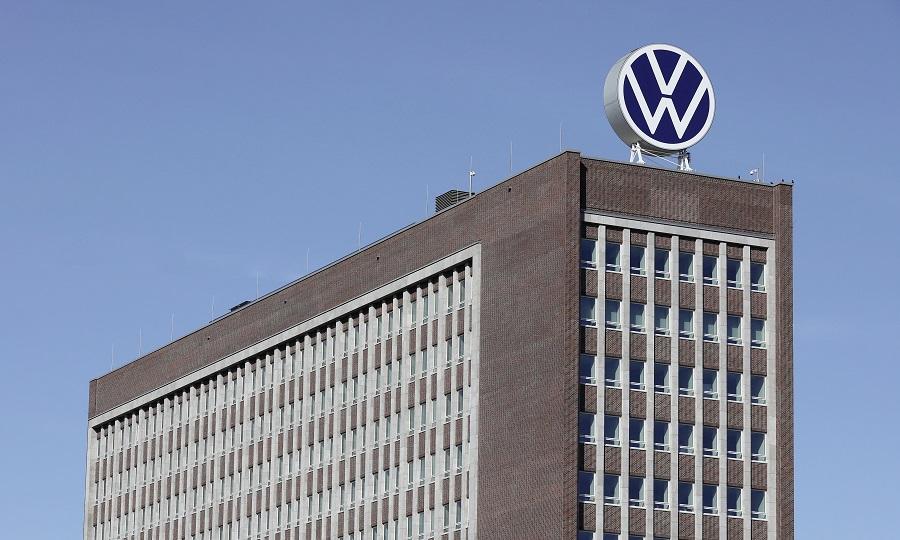 VW revê em baixa previsão de vendas em 2020 face à desaceleração da indústria