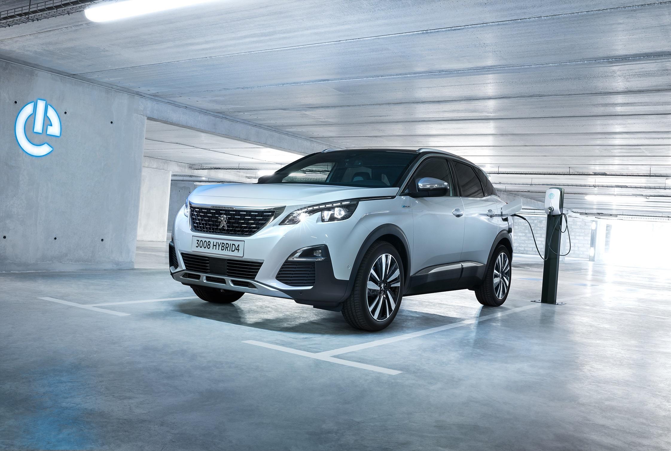 Peugeot abre encomendas para a gama de híbridos Plug-in a partir de 45.125€