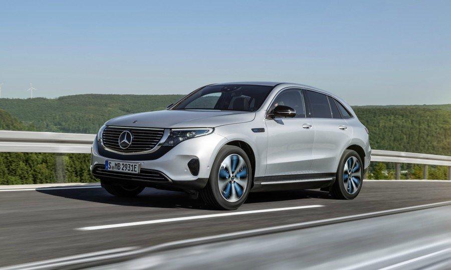 Mercedes nega problemas com fornecimento de baterias para o EQC
