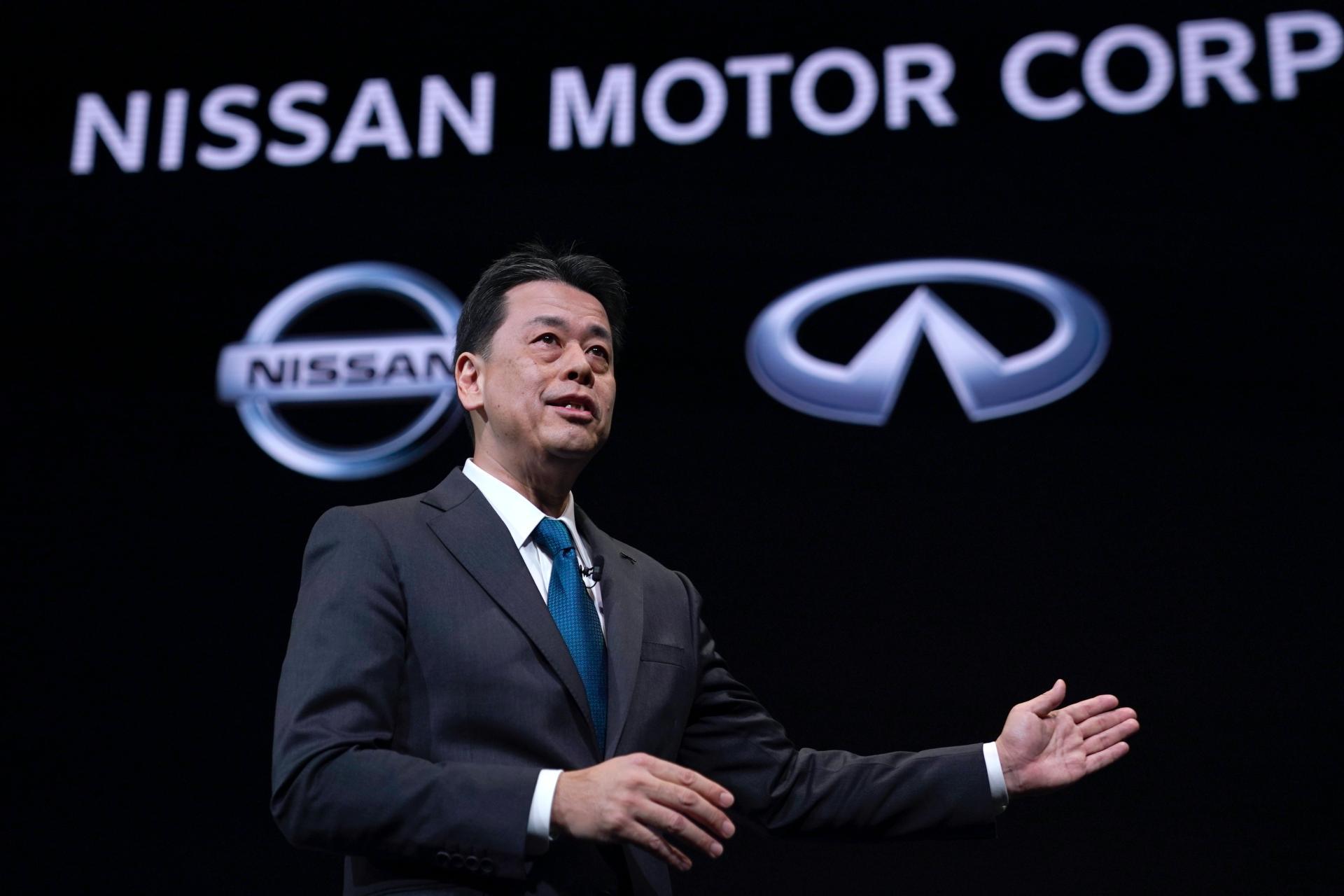 """Makoto Uchida poderá não """"sobreviver"""" à pressão que se abate sobre a Nissan"""