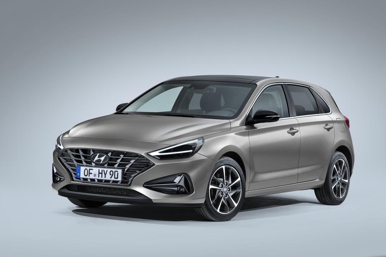 Hyundai i30 estreia-se no Salão de Genebra com novo estilo e solução híbrida