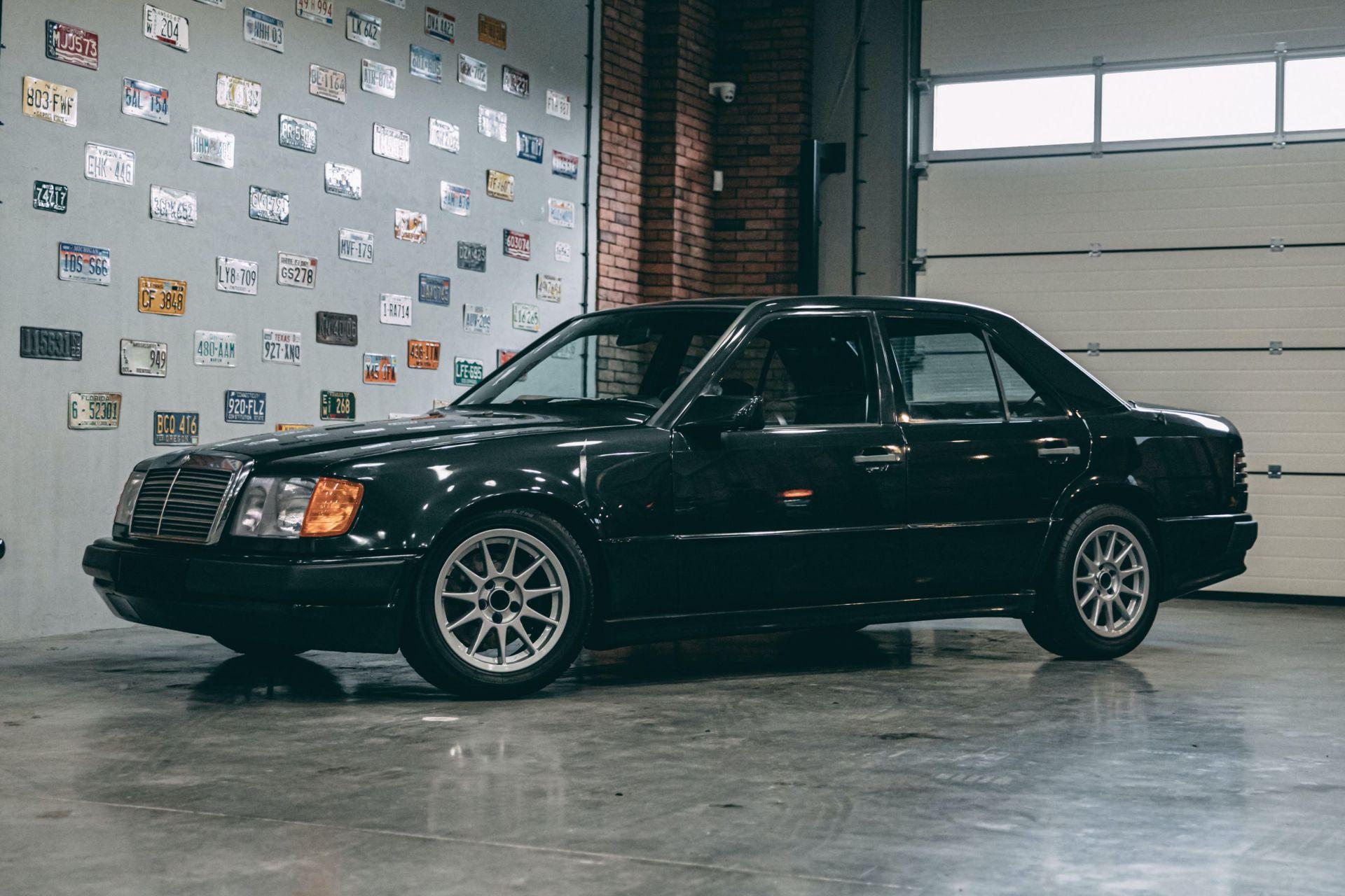 E que tal um raro Mercedes Hartge com motor… BMW M?